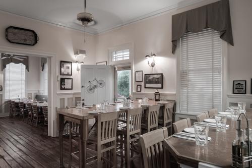 Charleston Restaurants Lunch Dinner 9 Cru Cafe