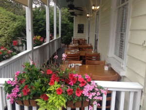Cru Porch 1